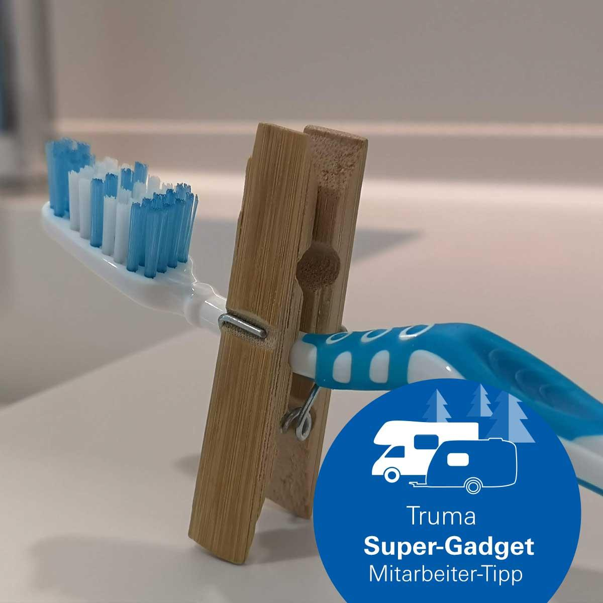 Truma Super-Gadget clothespins with toothbrush