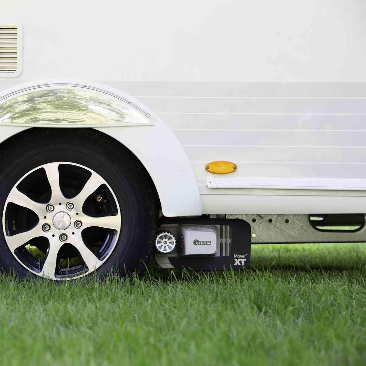 Truma Mover XT with cravan tyre